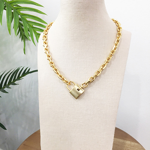 [삿치] LOCK CHAIN necklace